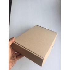 Коробка картонная 235 х 175 х 60 мм, самосборная
