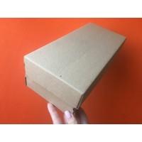 Коробка картонная 300 х 135 х 90 мм, самосборная