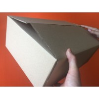 Коробка картонная 380 * 285 * 145 мм