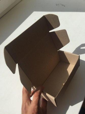 Узкая самосборная коробка