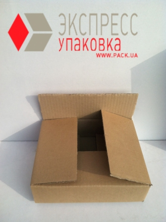 Четырехклапанная картонная коробка из трехслойного гофрокартона