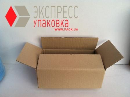 Грузовая коробка среднего размера