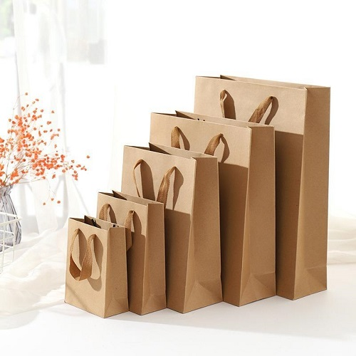 Пакеты с ручками для корпоративных подарков