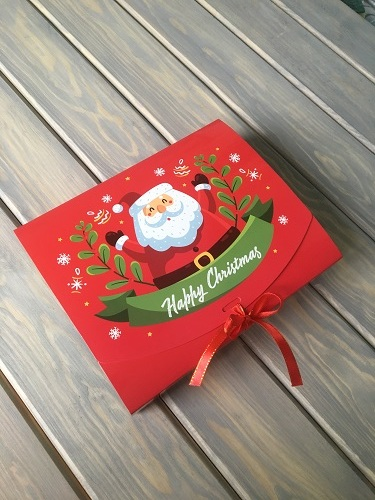 Самосборная коробка для подарков на зимние праздники