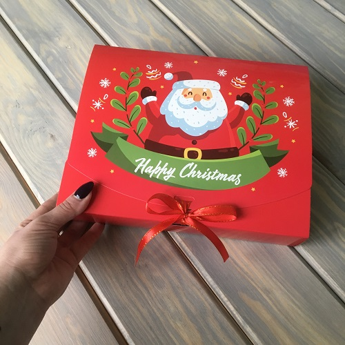 Подарочная коробка с Дедом Морозом
