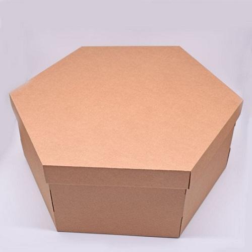 Шестиугольная коробка из крафт-картона