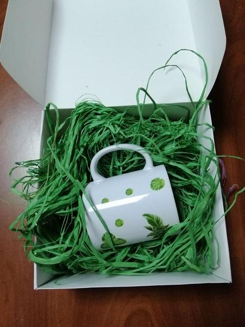 Натуральная рафия для упаковки подарков